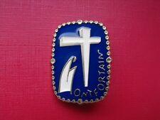 N°3 insigne religieux médaille religieuse Notre Dame de Lourdes Montfortain