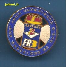Pin's pin JEUX OLYMPIQUES BARCELONE 1992 ANTENNE 2 FR3 SUPERBE DECAT (ref 027)