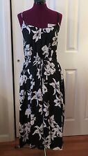 Banana Republic Black & White Floral Calf Length Patio Dress- Sz 6