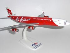 Airbus A340-300 Air Asia X Malaysia Desktop Collectors Model Scale 1:200  J