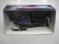Polaris 1:16 Scale Diecast Indy Ultra SPX SE Snowmobile Collectible