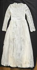 Sale! Unbranded Self Crochet Floral style Heavy Lace White Dress size M Portrait