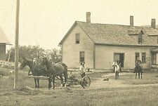 PEOPLE FAMILY FARMING HOUSE HORSE-DRAWN PLOW & ORIGINAL ANTIQUE MOUNTED PHOTO