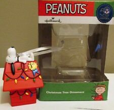 Snoopy Christmas Figurine Peanuts Decoration Ornament Hallmark Dog House