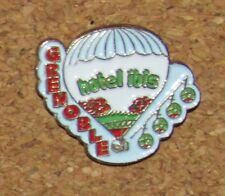 B3 VINTAGE PIN HOT AIR BALLOON HOTEL IBIS SMALL 0.5""