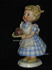 + # a001452_05 Goebel patrones de archivado Eva harta chica con tarta o torta harta 17