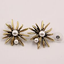 ANTHROPOLOGIE ELEGANT GOLD SPIKES STARBUST WHITE PEARLS PEARLS STUD EARRINGS NEW