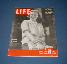 LIFE MAGAZINE MAY 9 1949 MISSOURI COLLEGE COED VS SMITH PETER STACKHOLE NICE!!