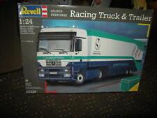 1:24 Revell Sauber Petronas Racing Truck & Trailer Nr. 07539 OVP