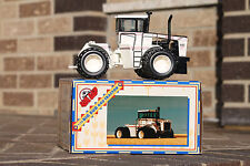 BIG BUD Toy Farmer 1/32  440 Black and White with Triples #3 in set of 4