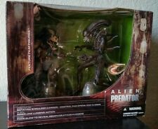 McFarlane Toys Alien and Predator Deluxe Boxed Set Movie Maniacs 5 New! Sealed!