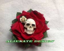 Steampunk burlesque rose rouge crâne cheveux clip zombie fascinator tiki