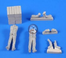 CMK 1/35 German Schnellboot Crew with Provisions (2 Figures) F35206