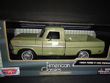 Motormax Ford F100 1969 Green 1/24