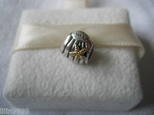 Genuine PANDORA sterling silver and 14ct Gold Seashell Starfish Charm 790249
