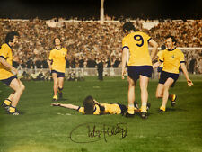 New Charlie George Hand Signed Arsenal celebration  12x16 Photograph A