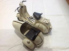 White 1959 Vespa With Sidecar Tin Plate Model Souvenir Ornament