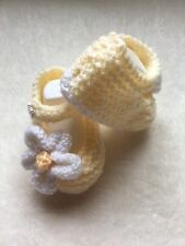 Baby Girls Hand Knitted Lemon Shoes With White Flower To The Side Newborn ��
