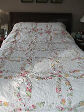 """Vintage Double Wedding Ring Quilt~Hand Quilting~84""""x 96""""~Just Lovely!"""