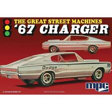 MPC 1/25 1967 Dodge Charger Fast Back Plastic Model Kit 829