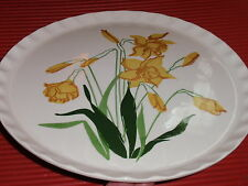VINTAGE 11 INCH PORCELAIN/CERAMIC  DAFFODIL FLOWERS TRAY/PLATE