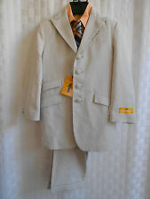 YOUNG KINGS  BY STEVE HARVEY 4 PIECE SUIT BOYS 5 REG. NWT NICE