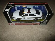 Motor Max Law Enforcement Ford Police Interceptor Concept MISB 1:24 2011