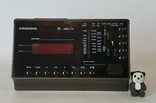 Grundig Cityline Montreal Radiowecker Radio Wecker Digitaluhr cool rote LED top