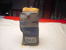 Everlast Pro Style Training 16oz Boxing Gloves and Hand Wrap Used