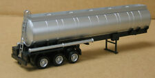 Promotex/Herpa #5350 HO 3-axle round chemical tank trailer, undecorated, silver