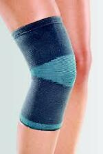 Knee Cap knee Support Sports Fitness- From Tynor- Size Medium - ( 1 Piece)