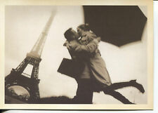 POST CARD OF TWO LOVERS IN PARIS WITH EIFFEL TOWER IN BACKGROUND