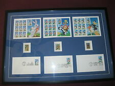 "LOONEY TOONS PICTURE ""MINT""...BUGS, DAFFY & SYLVESTER & TWEETY...FRAMED..COLLEC."