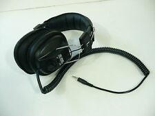 Older Stereo Headphones HD-3030 Stereo/Mono Switch and Volume Controls
