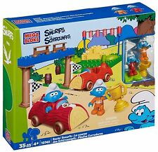 MEGA BLOKS 10745 - RACIN' SMURFS Building Playset Small Blocks + Figures