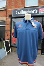 SOUTHAMPTON FC  T SHIRT CLUB ISSUED NEW WITH LABELS LARGE