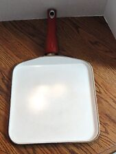 FREE SHIPPING - Bialetti Aeternum Red Square Griddle 10-inch