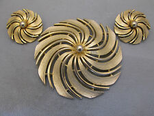 Sarah Coventry Golden Swirl brooch clip earrings oversized pinwheel set 1960