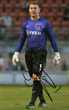 LEYTON ORIENT HAND SIGNED JAMIE JONES 6X4 PHOTO.