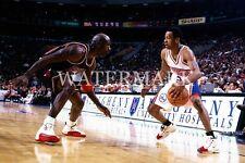 Michael Jordan vs Allen Iverson Game Action 8x10 Photo Chicago Bulls Sixers 76er