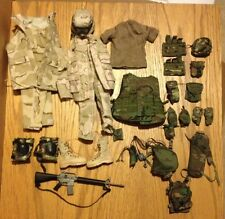 Hot Toys Toy Soldier Story 1/6 US Army USMC Iraq DCU Woodland Uniform Vest M16