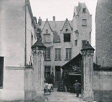 SAUMUR c.1900-20 -  Maison homme  Maine et Loire - DIV 6914