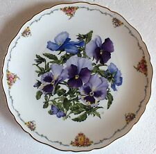The Queen Mothers favourite flowers Royal Albert Collectors plate Pansies