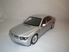 Kyosho  BMW  745i  (silber)  1:18 ohne Verpackung !