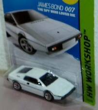 Hot Wheels   JAMES BOND Lotus Esprit S1 The Spy Who Loved Me