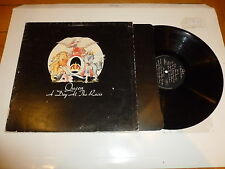 QUEEN - A Day At The Races - 1976 UK 10-track vinyl LP