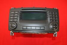 Mercedes W203 C-Klasse Navigation  Radio CD Audio 50 APS  BE 6091 A 2038707589