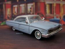 1960 60 FORD GALAXIE STARLINER COLLECTIBLE 164 SCALE DIECAST MODEL - DIORAMA