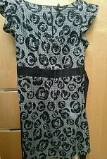 Stunning Top Shop black and white dress size 10