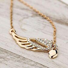 Halskette und Anhänger Engelsflügel mit Strass und kleinem Herz. Farbe Gold.